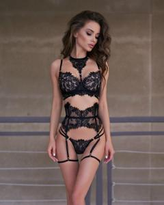 New sexy underwear women  lace sexy bra thong garter with neck loop leg loop lace lingerie set